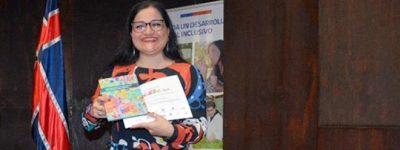 alumna-becada-por-funiber-participa-en-el-i-seminario-de-educacion-inclusiva-en-la-unab