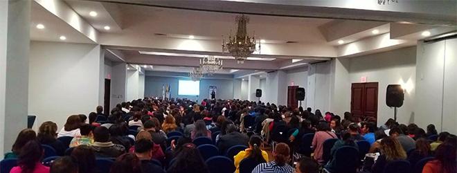 Gran asistencia a la conferencia de la Dra. Pamela Parada sobre la detección del abuso sexual infantil