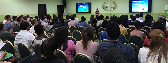 Conferencia sobre los beneficios del ejercicio físico en San Pedro Sula (Honduras)