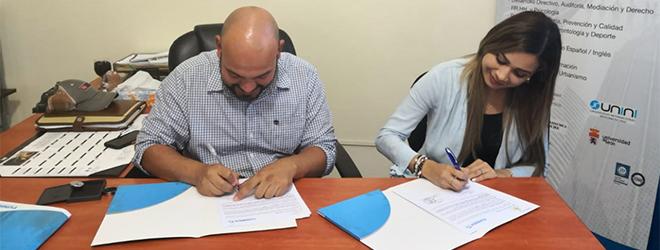 FUNIBER firma en Honduras convenios con MAMUCOL y Bonito Oriental