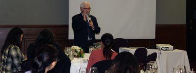 conferencia-jesus-arzamendi-en-republica-dominicana-sobre-la-experiencia-plurilingue-en-el-sector-educativo