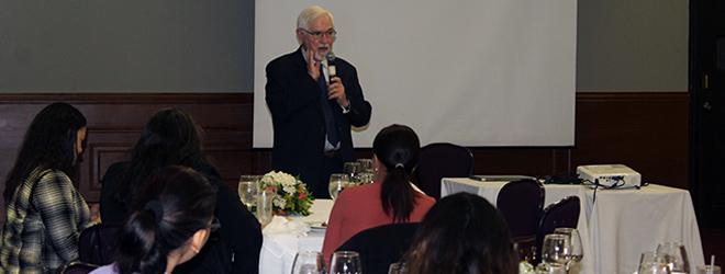 """Conferencia del Dr. Jesús Arzamendi en República Dominicana sobre """"la Experiencia Plurilingüe en el sector Educativo"""""""
