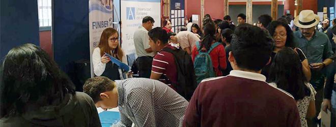 FUNIBER presenta su programa de Becas en la Feria de Becas de la Asociación Científica de Guatemala