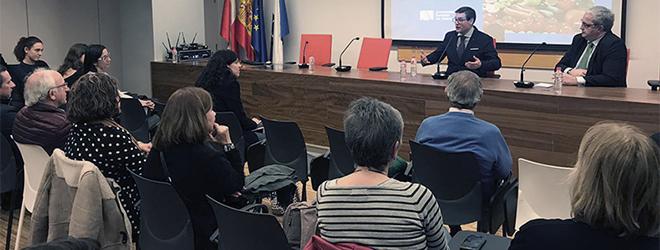 El Dr. Iñaki Elío imparte conferencia sobre nutrición y cáncer