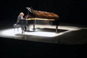 jose-luis-nieto-asombra-con-su-concierto-en-el-teatro-cafam-de-bogota