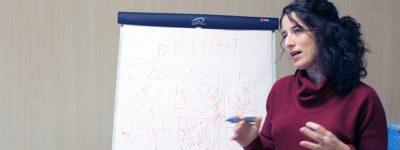 profesora-de-la-red-universitaria-de-funiber-imparte-conferencia-en-la-universidad-de-barcelona
