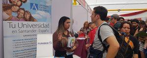 funiber-presento-su-programa-de-becas-en-la-feria-estudiar-en-espana-de-chile