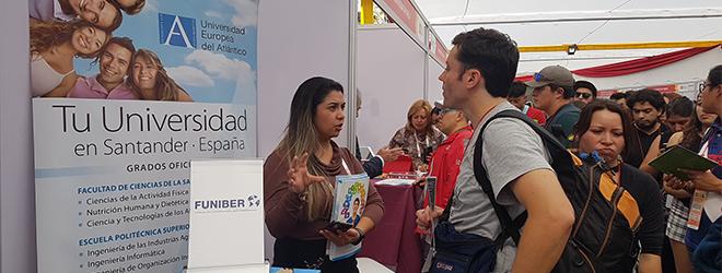 """FUNIBER presentó su programa de becas en la feria """"Estudiar en España"""" de Chile"""
