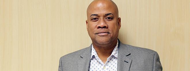El Dr. Héctor E. López Sierra publica reseña de libro en la revista Caribean Studies