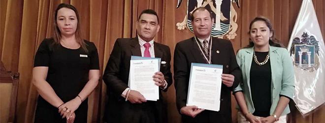 FUNIBER firma convenio de colaboración con el Colegio de Profesores de la Región La Libertad