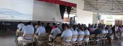 funiber-realiza-sesion-informativa-en-el-lincoln-international-academy-de-managua