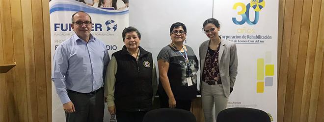 FUNIBER y el Centro de Rehabilitación Club de Leones Cruz del Sur firman un convenio