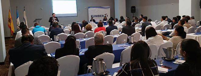 Presentación con éxito del Programa de Becas para Doctorado en Derecho, Economía y Empresa