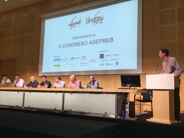 El profesor Álvaro Velarde participa en el Congreso de Preparadores Físicos de Baloncesto celebrado en Barcelona