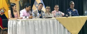 funiber-y-la-asociacion-ecuatoriana-de-psicologos-firman-convenio-de-colaboracion