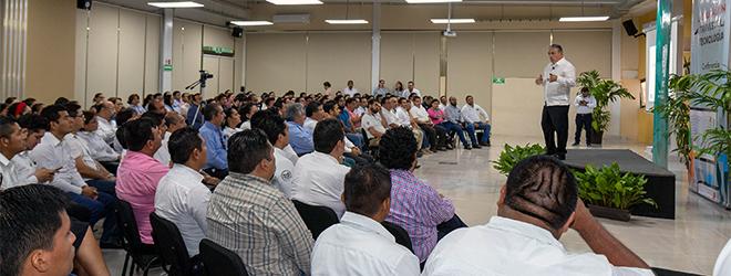 """El presidente de FUNIBER imparte en Campeche la conferencia """"La educación a través de la tecnología"""""""