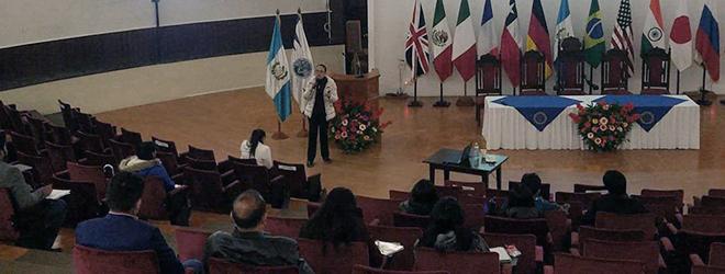 FUNIBER participa en el III Festival de Becas USAC en Guatemala