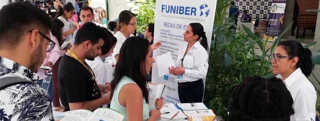 FUNIBER participa en la Feria de Universidades de la Universidad Autónoma del Valle de Sula