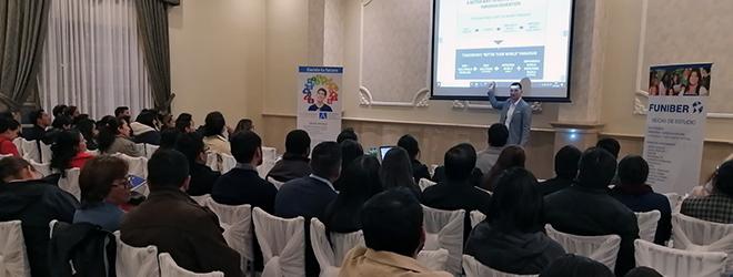 El Dr. Gonzalo Silió imparte conferencia en Ecuador sobre la educación en el Siglo XXI