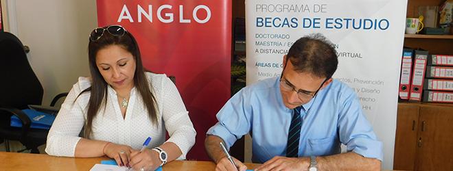 FUNIBER firma convenio de colaboración con el Instituto Cultural ANGLO de Uruguay