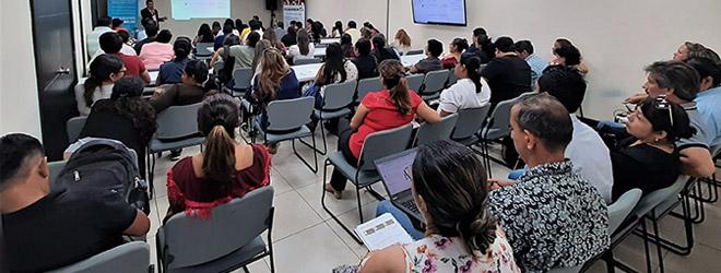 Taller de capacitación del Campus Virtual a estudiantes becados en el área de Formación del profesorado