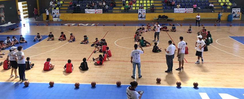 FUNIBER Nicaragua, presente en el evento deportivo «Un Balón por Niño»