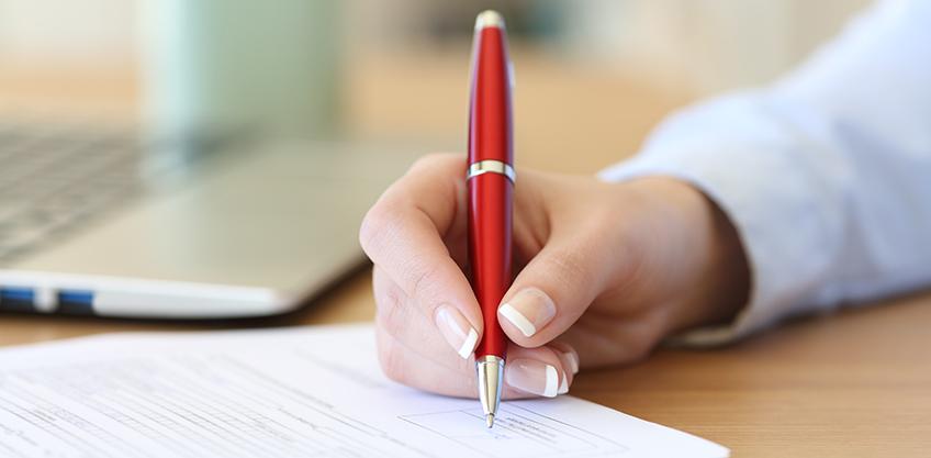 Firma de renovación de convenio entre FUNIBER y el Colegio de Abogados y Abogadas de Costa Rica