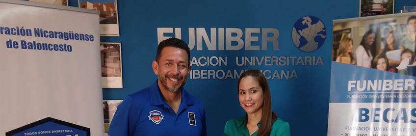 FUNIBER dona balones de baloncesto a niños nicaragüenses