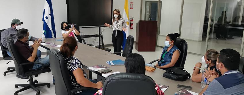 FUNIBER Honduras organiza charla informativa para la Carrera de Periodismo de la UNAH