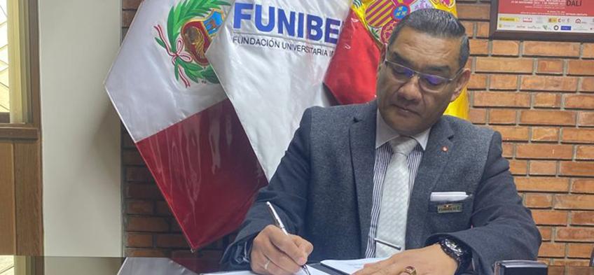 FUNIBER firma convenio de colaboración con la Universidad Nacional José María Arguedas