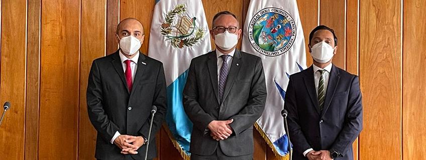 FUNIBER se reúne con la Universidad San Carlos de Guatemala (USAC)