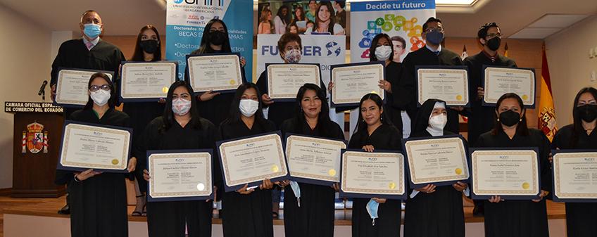 FUNIBER celebra acto de entrega de títulos en Ecuador